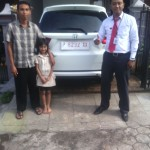 Foto Penyerahan Unit 1 Sales Marketing Mobil Dealer Honda Banyuwangi Herdi