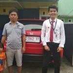 Foto Penyerahan Unit 1 Sales Marketing Mobil Dealer Honda Palu Richo