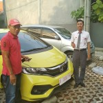 Foto Penyerahan Unit 5 Sales Marketing Mobil Dealer Honda Tuban Nabil