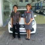 foto-penyerahan-unit-5-sales-marketing-mobil-honda-jember-sinta