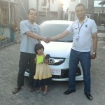 Foto Penyerahan Unit 6 Sales Marketing Mobil Dealer Honda Banyuwangi Herdi