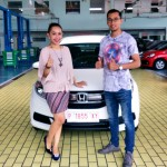 Foto Penyerahan Unit 9 Sales Marketing Mobil Dealer Honda Sinta