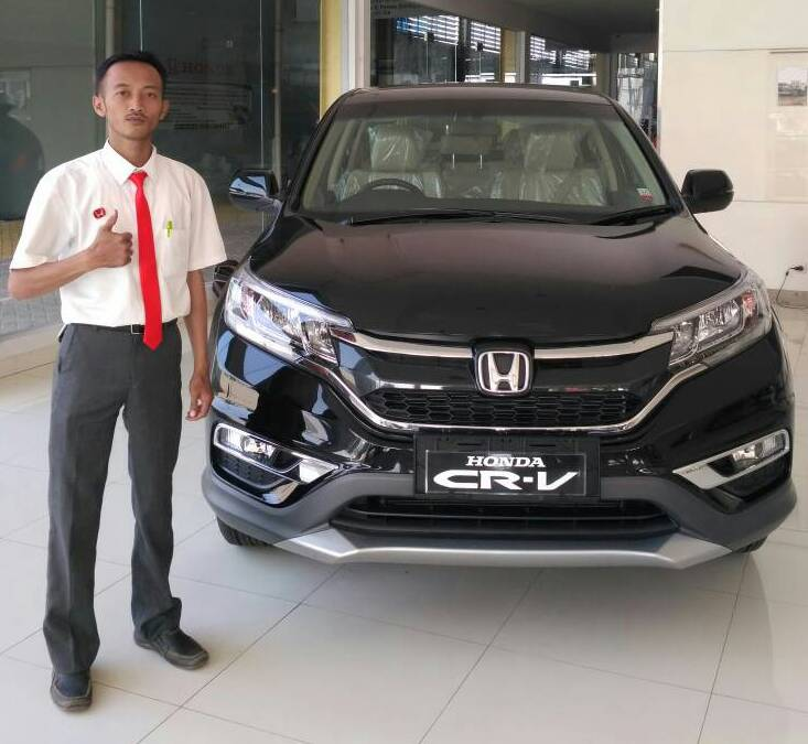 Sales Marketing Mobil Dealer Honda Mojokerto Huda