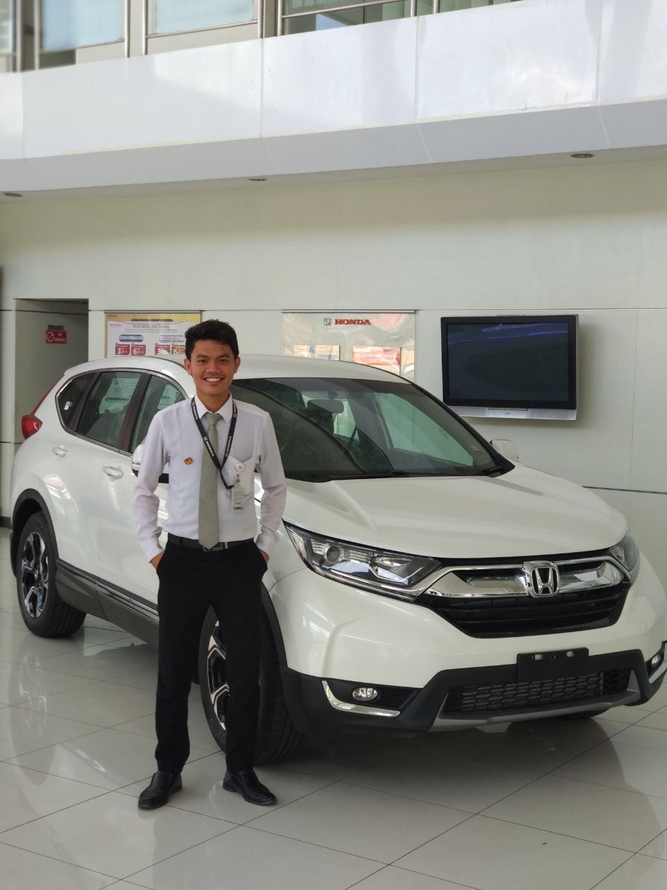Sales Marketing Mobil Dealer Honda Palu Richo