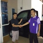 Foto Penyerahan Unit 11 Sales Marketing Mobil Dealer Suzuki Medan Niko Ginting