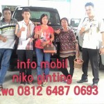 Foto Penyerahan Unit 14 Sales Marketing Mobil Dealer Suzuki Medan Niko Ginting