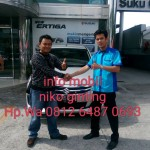 Foto Penyerahan Unit 2 Sales Marketing Mobil Dealer Suzuki Medan Niko Ginting