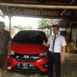 Foto Penyerahan Unit 4 Sales Marketing Mobil Dealer Honda Subang Fadli