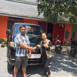 Foto Penyerahan Unit 5 Sales Marketing Mobil Dealer Suzuki Evi