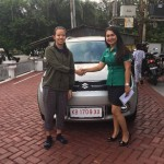 Foto Penyerahan Unit 6 Sales Marketing Mobil Dealer Suzuki Evi