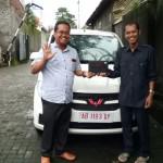 DO 1 Sales Marketing Mobil Dealer Wuling Rizki