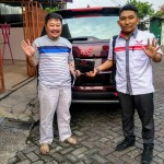 DO 3 Sales Marketing Mobil Dealer Wuling Bintaro Joko