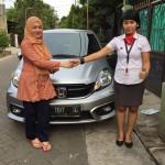 DO 4 Sales Marketing Mobil Dealer Honda Debby
