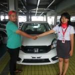 DO 6 Sales Marketing Mobil Dealer Honda Debby