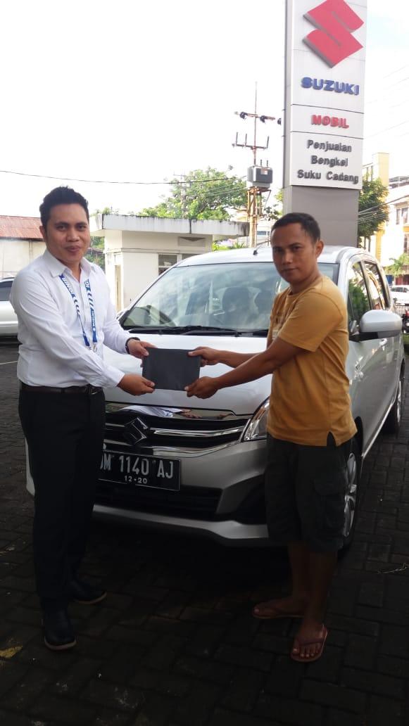 Sales Marketing Mobil Dealer Suzuki Elfan