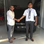 Foto Penyerahan Unit 1 Sales Marketing Mobil Dealer Honda Lhokseumawe Aulia