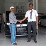 Foto Penyerahan Unit 14 Sales Marketing Mobil Dealer Honda Lhokseumawe Aulia