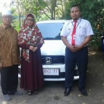 Foto Penyerahan Unit 4 Sales Marketing Mobil Dealer Honda Probolinggo Suthe