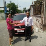 Foto Penyerahan Unit 6 Sales Marketing Mobil Honda Muslikh