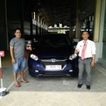 Foto Penyerahan Unit 8 Sales Marketing Mobil Honda Muslikh