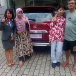 foto-penyerahan-unit-mobil-1-sales-marketing-mobil-dealer-honda-magelang-danik