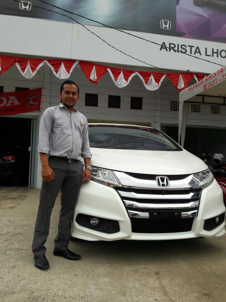 Sales Marketing Mobil Dealer Honda Lhokseumawe Aulia