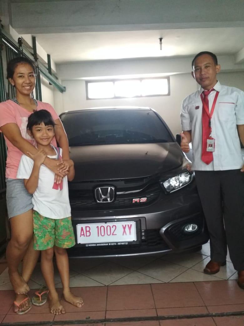 Sales Marketing Mobil Honda Nico