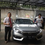 Foto Penyerahan Unit 1 Sales Marketing Mobil Dealer Honda Subang Fadli
