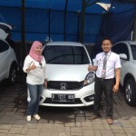 Foto Penyerahan Unit 2 Sales Marketing Mobil Dealer Honda Subang Fadli