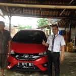 Foto Penyerahan Unit 4 Sales Marketing Mobil Dealer Honda Sumedang Fadli