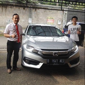 Sales Marketing Mobil Dealer Honda Subang Fadli
