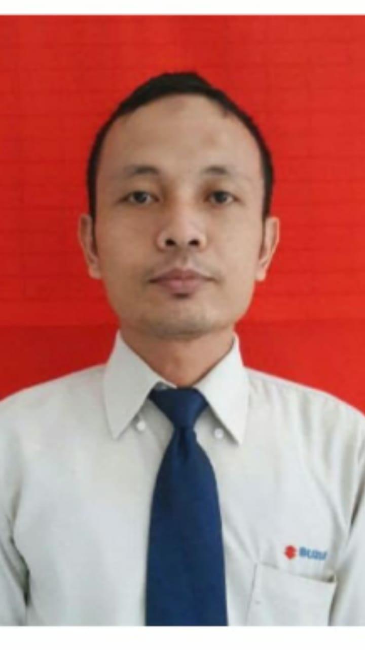 Sales Marketing Mobil Dealer Suzuki Taufik