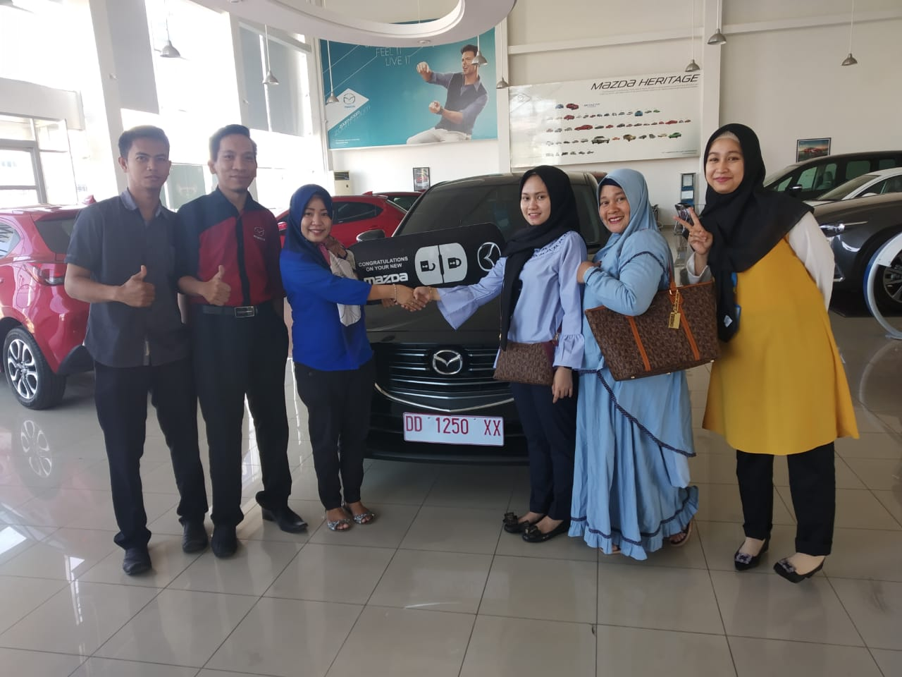 Sales Marketing Mobil Dealer Mazda Shita