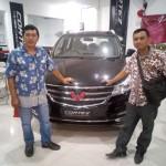 DO 1 Sales Marketing Mobil Dealer Wuling Novan