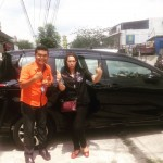 Foto Penyerahan Unit 2 Sales Marketing Mobil Dealer Toyota Pekanbaru Heri