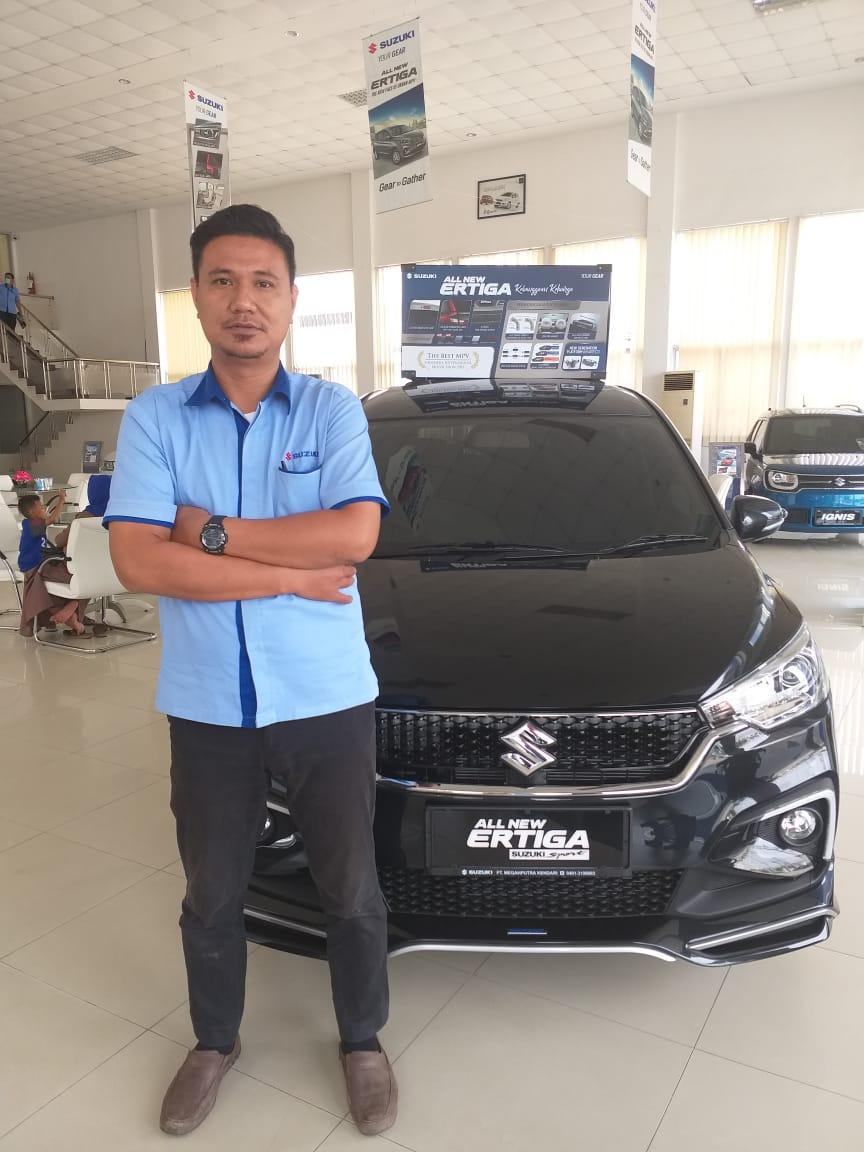 Sales Marketing Mobil Dealer Suzuki Fatur