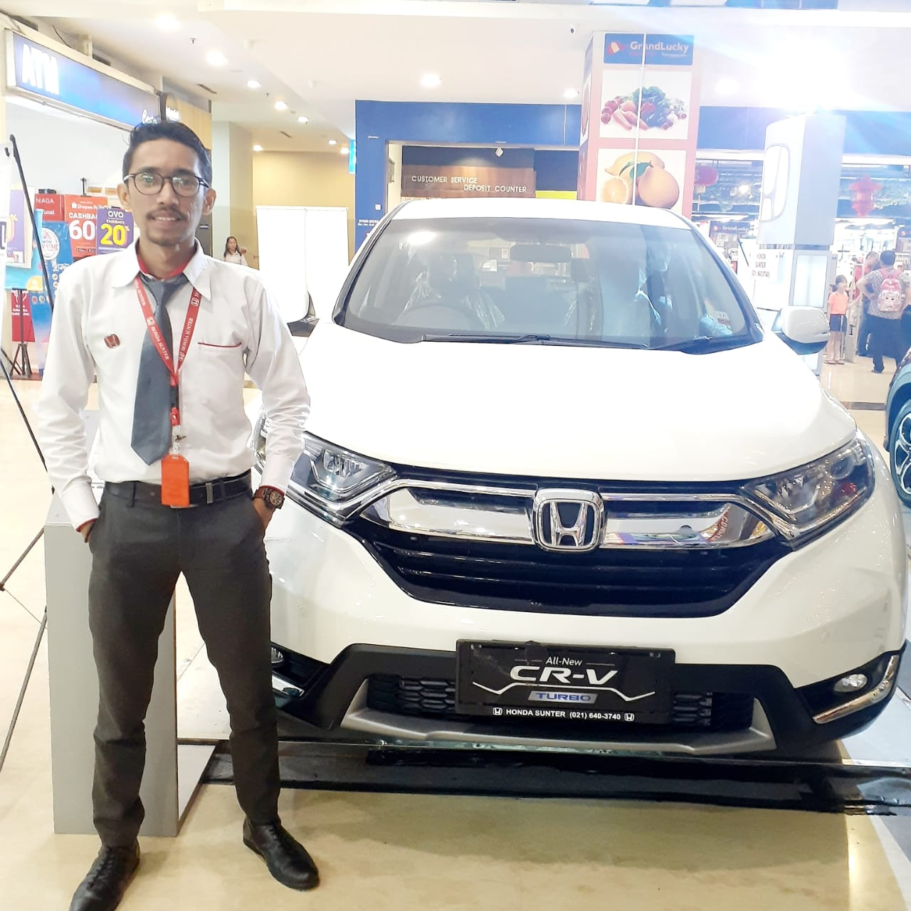 Sales Marketing Mobil Dealer Honda Putra